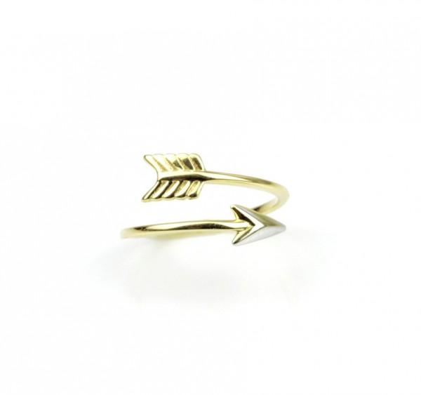 Pfeil-Design Ring