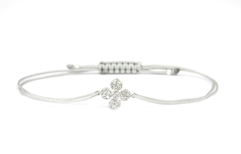 SCHOSCHON Damen Textil Armband Kleeblatt Blume Zirkonia Blume 925 Silber Hellgrau